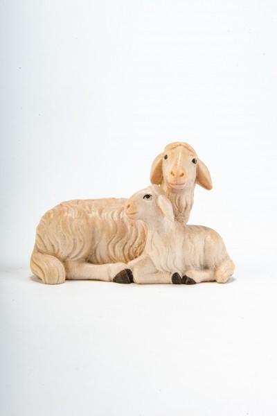 Schaf liegend mit Lamm
